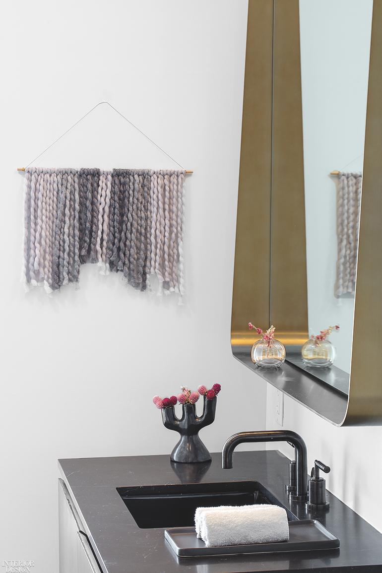 Interior-Design-Meyer-Davis-Studio-The-Assemblage-FiDi-guest-bath-0918