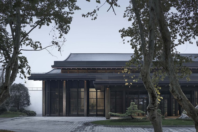 Photo10_Partial_View_of_the_South_Elevation_of_Multi-Purpose_Hall-Zhao_Qiang
