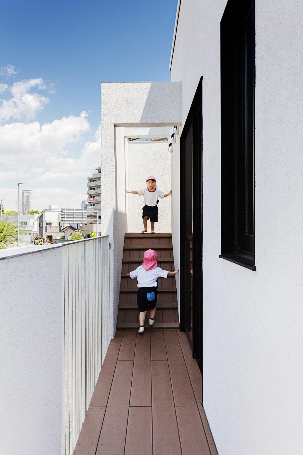 hibinosekkei-yoiuji-no-shiro-osaka-nursery-architecturearchitecture_dezeen_2364_col_25