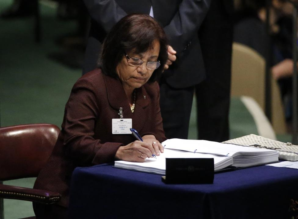Marshall Islands President Hilda Heine signs the Paris Agreement on climate change at United Nations Headquarters in New York
