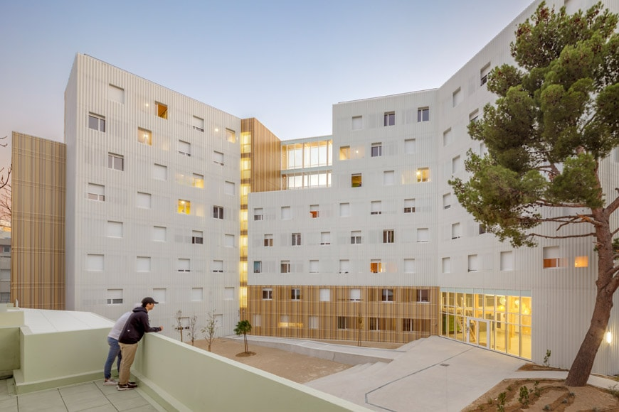 A-plus-student-residence-Marseille-cover-exterior