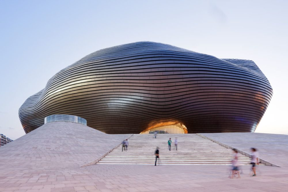mad-architects-shu-he-iwan-baan-ordos-museum