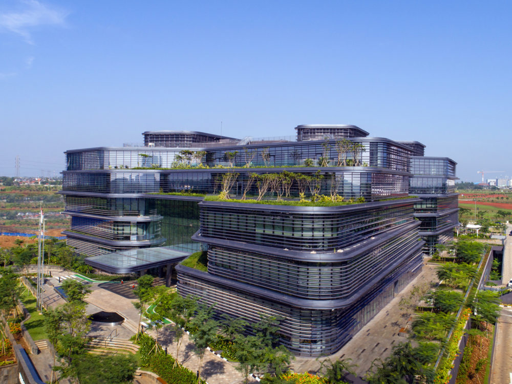 unilever-headquarters-jakarta-aedas-office-green-roof-architecture-mark-magazine-02