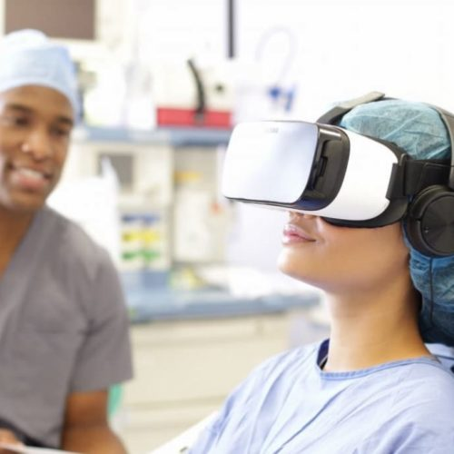 VR-Headset-had-Been-provided-To-Women-In-Labor-1