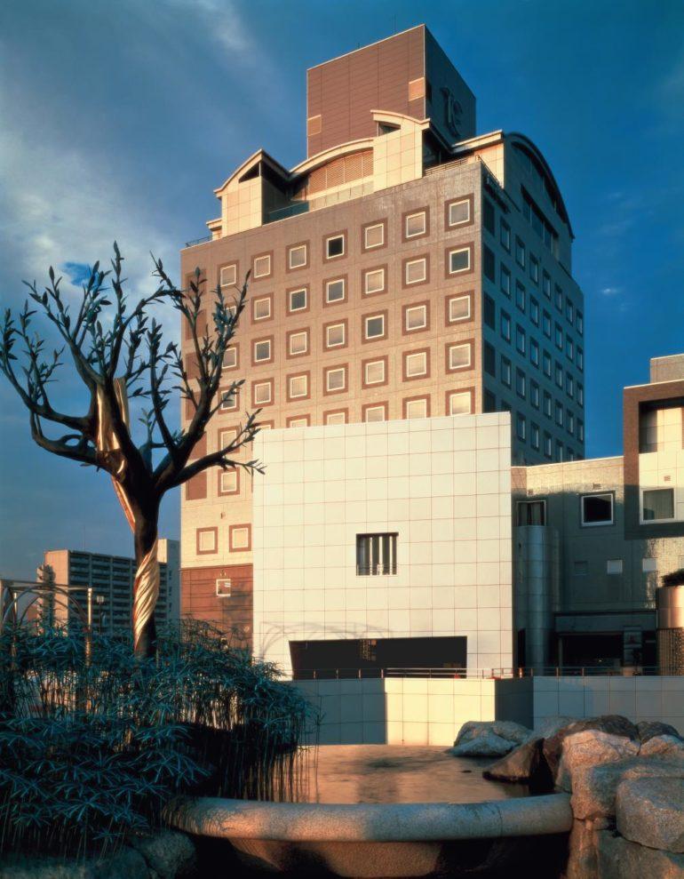 Hotel, Tsukuba Center Building (1983), Yasuhiro ISHIMOTO_web