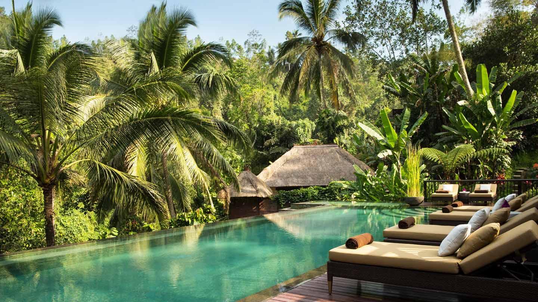 w-hanging-gardens-of-bali-luxurious-resort-hotel-ubud-best-honeymoon-wedding-villa-private-romantic