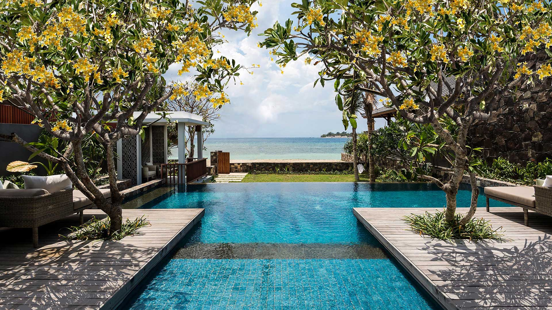 51397_the_legian_sire_lombok_beachfront_villa_view