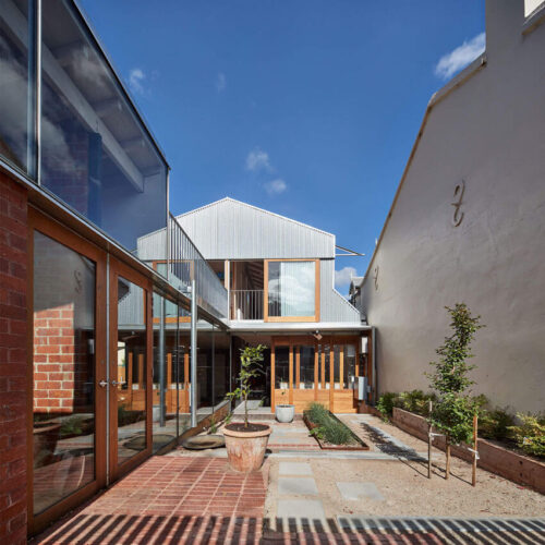 NORTH MELBOURNE HOUSE
