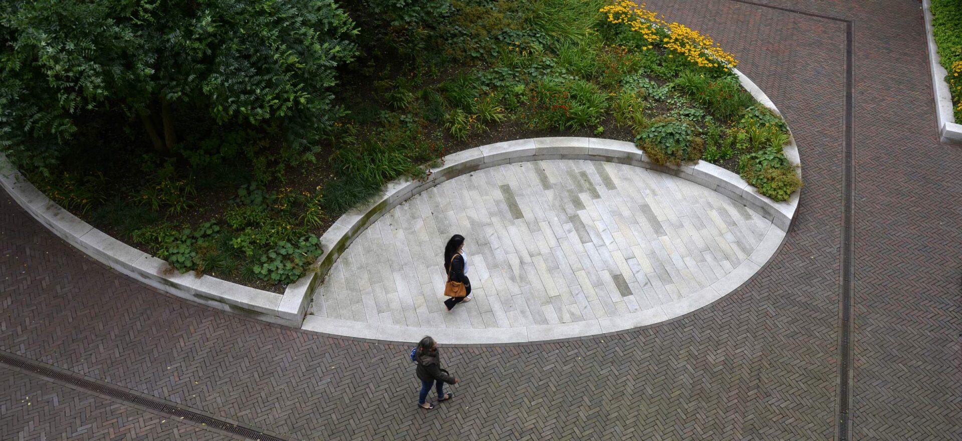 LANDLAB OEVERHOEK courtyard garden yellow from above_1