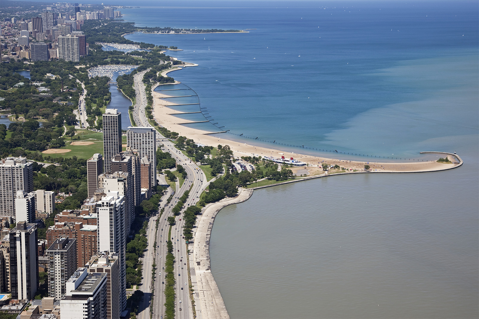 view-Chicago-North-Lake-Shore-Drive-lakefront